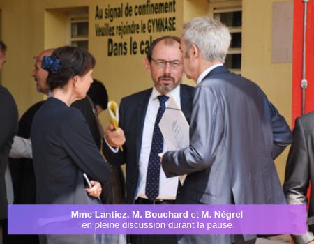 Discussion entre Mme Lantiez, M. Bouchard et M.Négrel