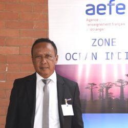 Ratovona HARISOAMAMPIANDRA   Proviseur Adjoint   Collèges de France (Antananarivo)